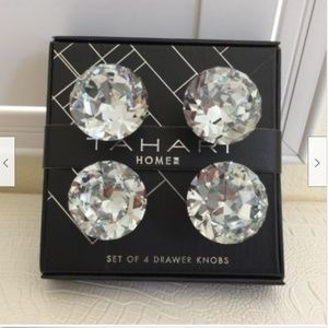 TAHARI HOME Set of 4 DRAWER KNOBS